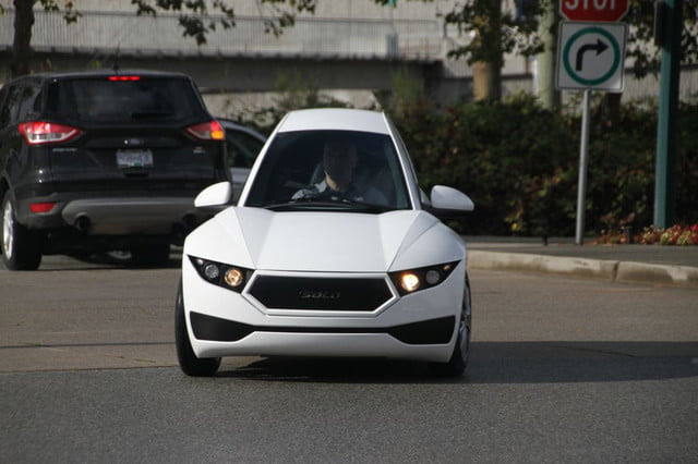Single-passenger electric Solo vehicle unveiled by Electra Meccanica